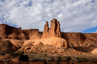 Three Gossips, Arches National Park, Photo: Shallise Kate